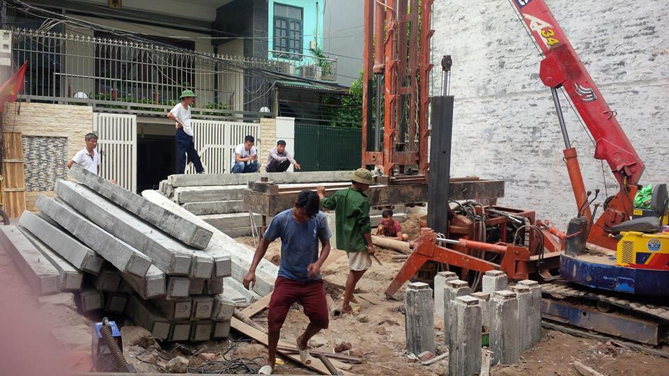 ép cọc bê tông nhà dân